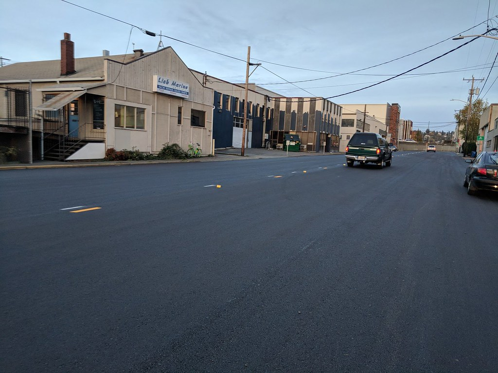 improved street surface on nw ballard way between 17th ave… | flickr