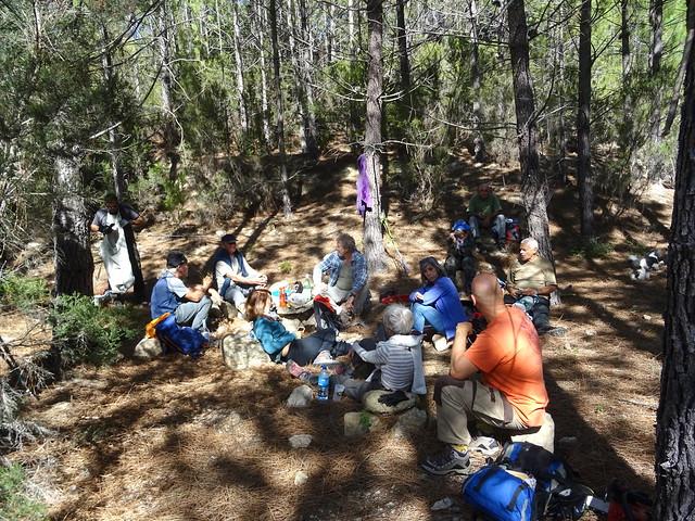 Déjeuner à l'aire de pique-nique du Chemin de Paliri