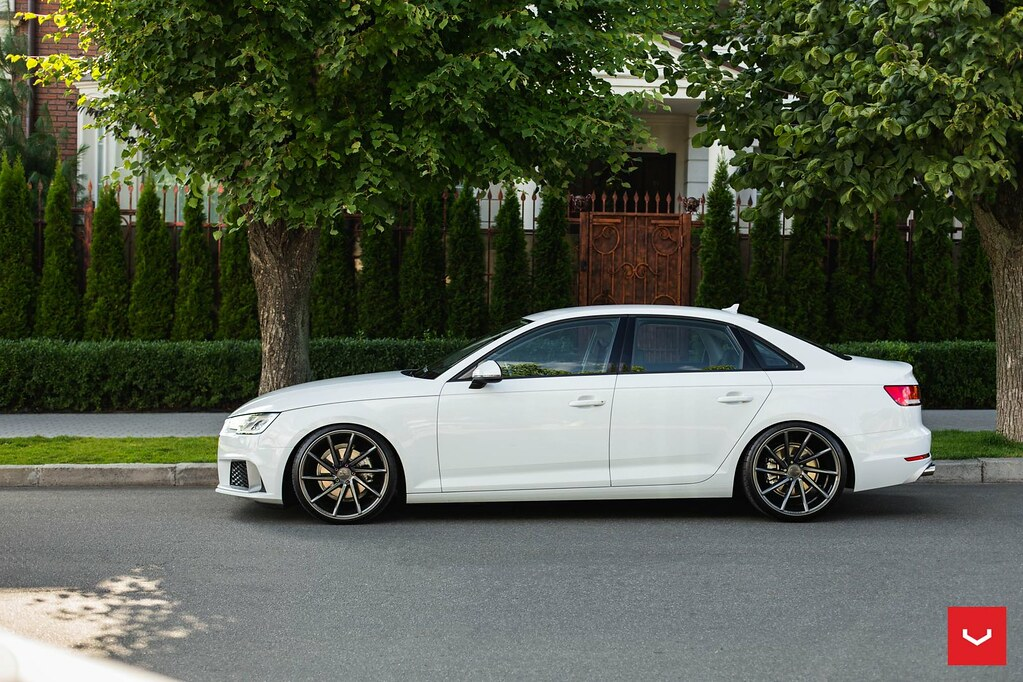 Audi A CVT Gloss Graphite Vossen Wheels Flickr - Audi a4 wheels