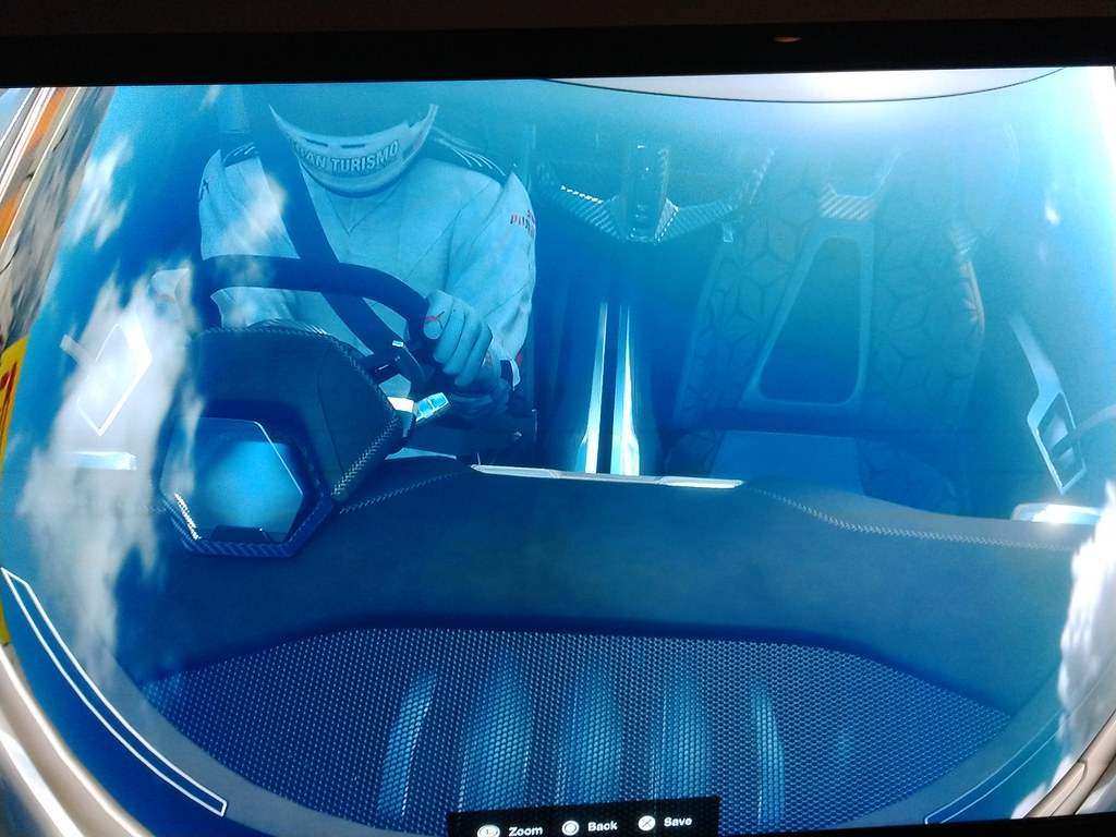 Nissan shows updated 2020 Concept at 2015 Tokyo Motor Show ...