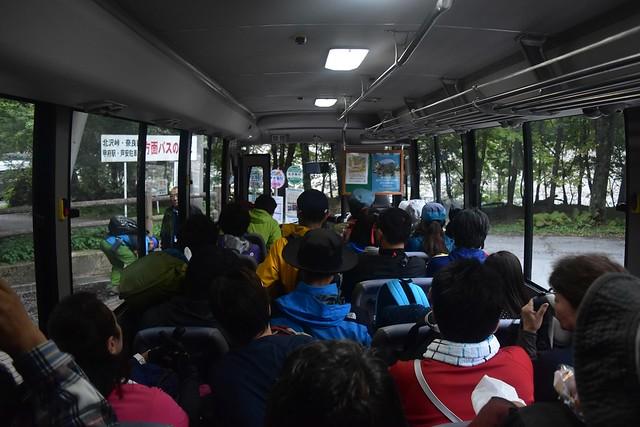 広河原~北沢峠行きバス車内