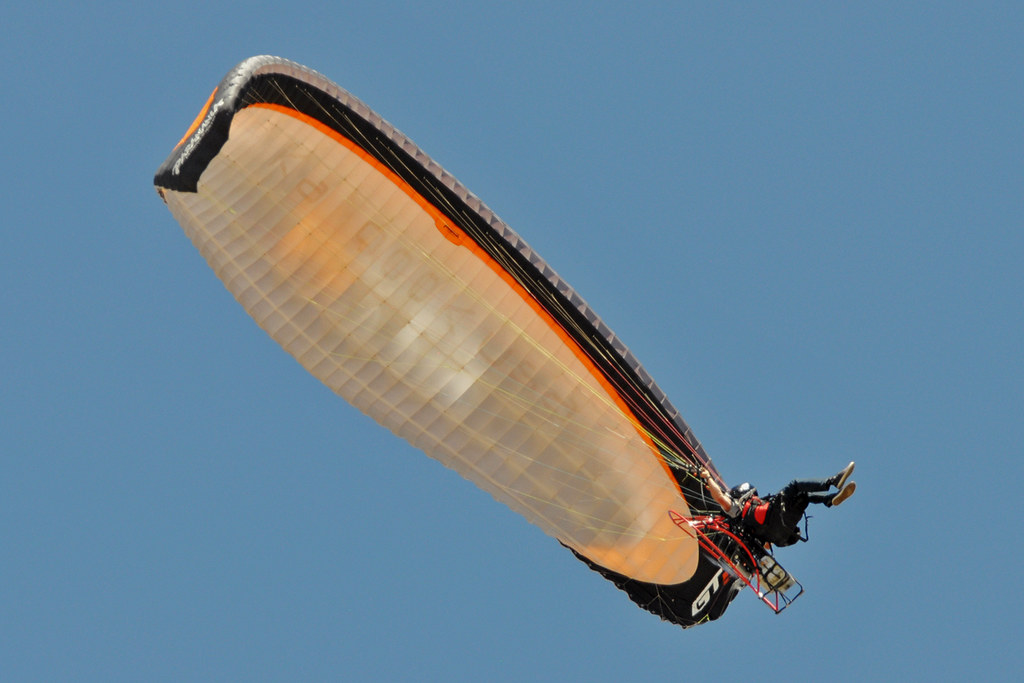 Powered paraglider | Powered paraglider demo, WarBird Aircra… | Flickr