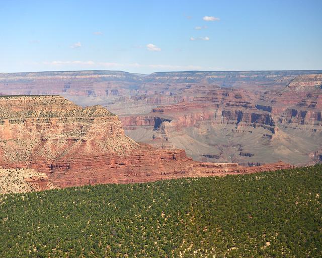 Acercándonos al Gran Cañón desde el aire
