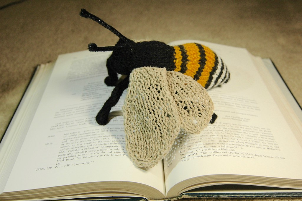 Knitted Bee Pattern By Sara Elizabeth Kellner Normanack Flickr