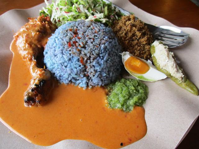 Warong Cafe nasi kerabu ayam percik 2