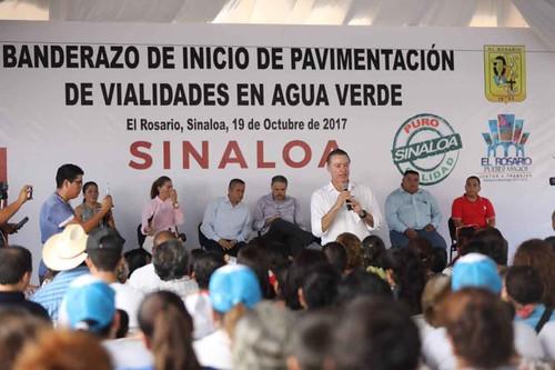 Obras viales por 16 mdp, inicia Quirino Ordaz en Rosario