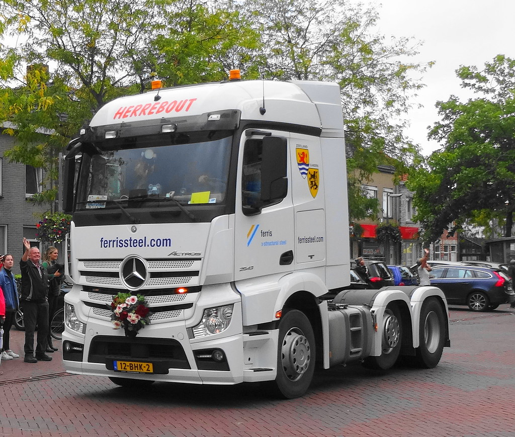 ... Mercedes Actros 2543 Herrebout, Hoek | by rommelbouwer