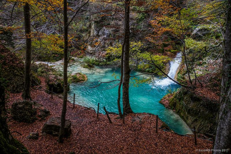 Cascada y poza del río Urederra
