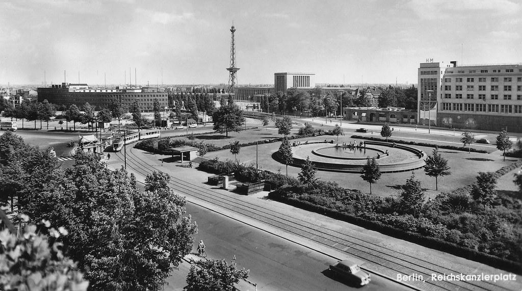 berlin westend reichskanzlerplatz 1954 historische ansic flickr. Black Bedroom Furniture Sets. Home Design Ideas