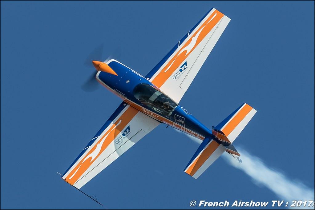 Extra 300 F-HCSA , Catherine Maunoury , Avignon Air Show 2017 , Aéroclub Vauclusien , avignonairshow2017 , Meeting Aerien 2017