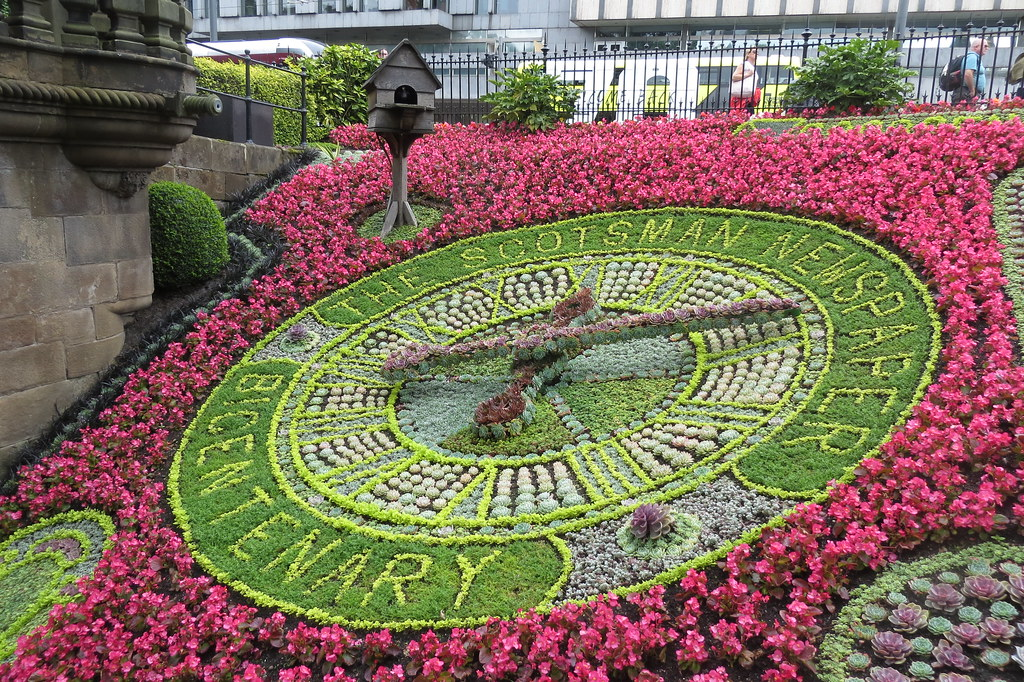 Edinburgh - Floral Clock in Princes Street Gardens | Flickr