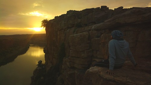 Waiting for the sun | by solarisgirl