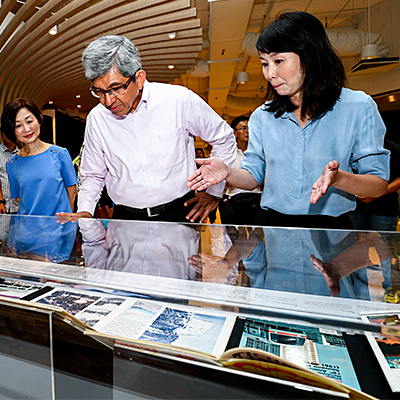 Dr Yaacob Ibrahim, Minister for Communications and Information, viewing the Legal Deposit Display at Bedok Public Library. He is joined by Mrs Elaine Ng, Chief Executive Officer, National Library Board (left), and Ms Julia Chee, Deputy Director, Content & Services, National Library Board.