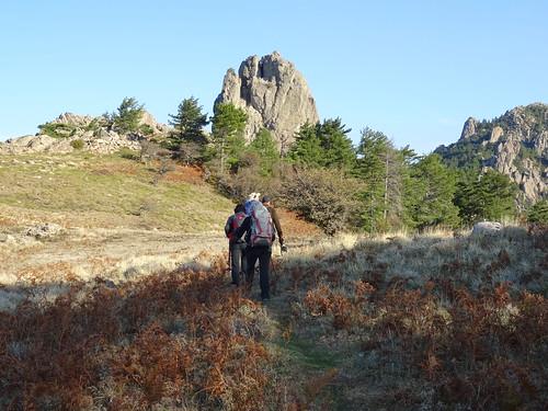 Arrivée à Bocca di Castedducciu : en vue du rocher