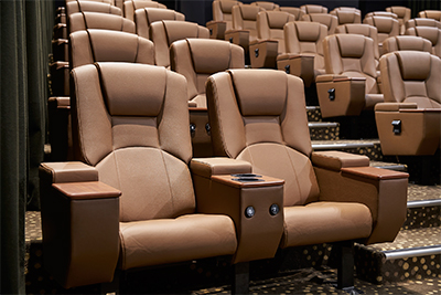 58 Duo Deluxe seats at S$15 (Mon - Thurs) and S$20 (Fri - Sun) per seat.
