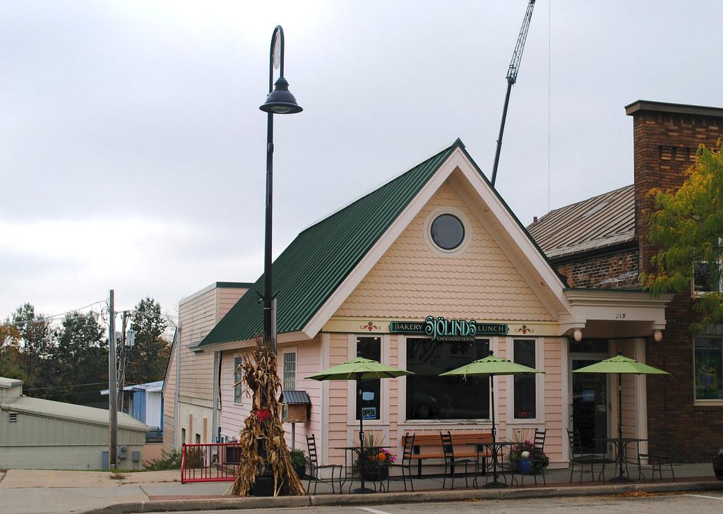 Sjölinds Chocolate House - Mount Horeb, Wisconsin | Cragin