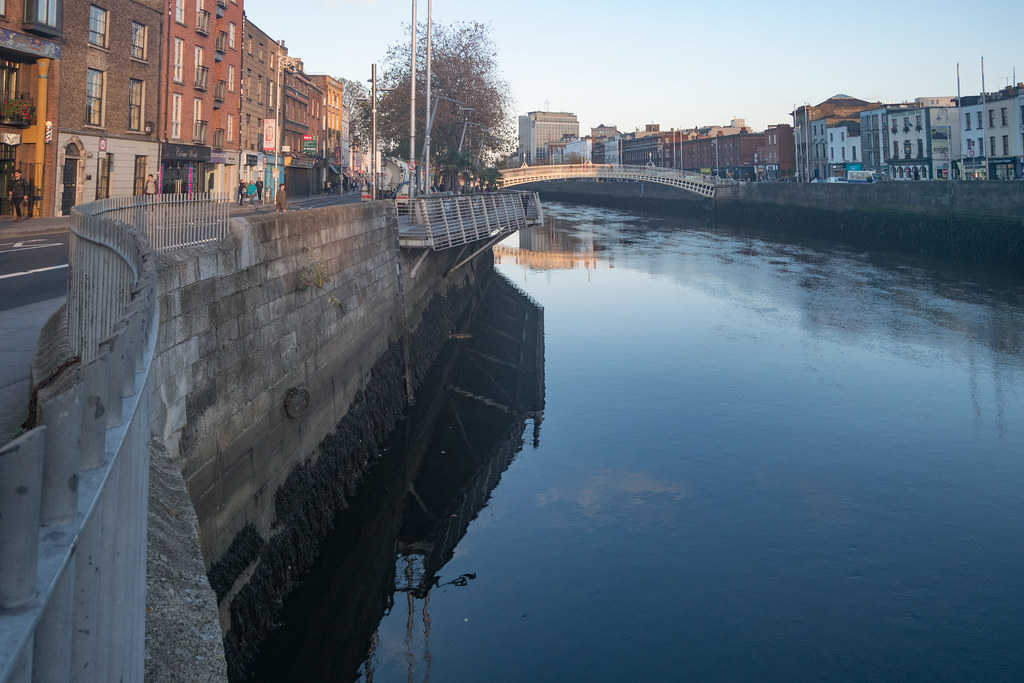 THE HALFPENNY BRIDGE 004