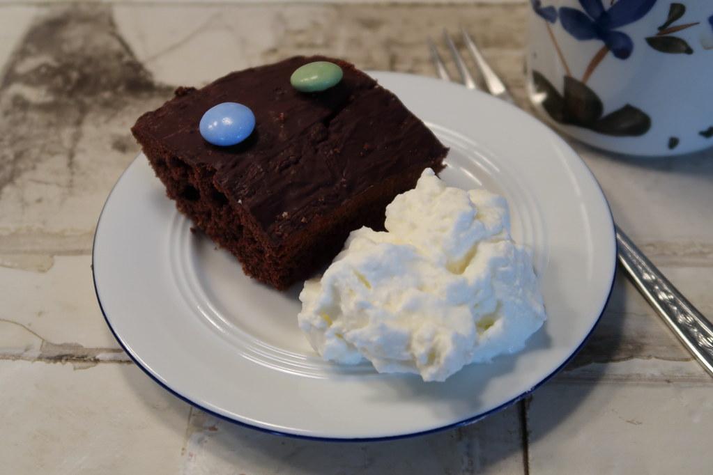 Schokoladenkuchen Vom Blech Beim Gemeinsamen Kaffeetrinken Flickr