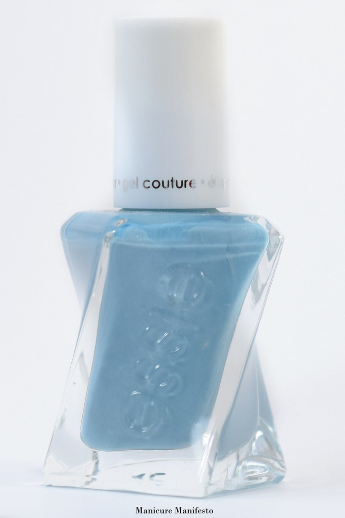 Essie Gel Couture First View swatch