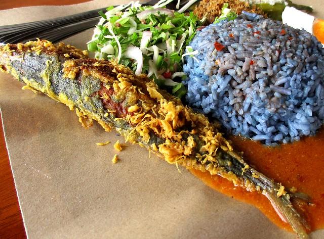 Warong Cafe ikan celup tepung