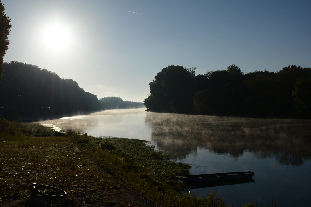 Brume matinale sur la vienne office de tourisme azay chinon val de loire flickr - Office de tourisme de chinon ...