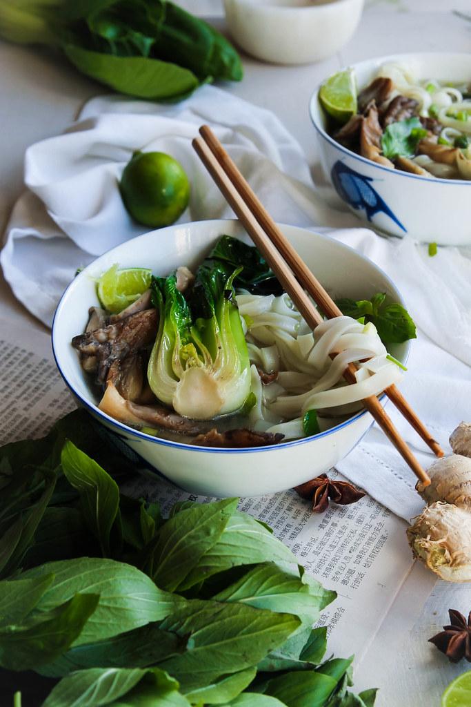 Bouillon thaï aux champignons