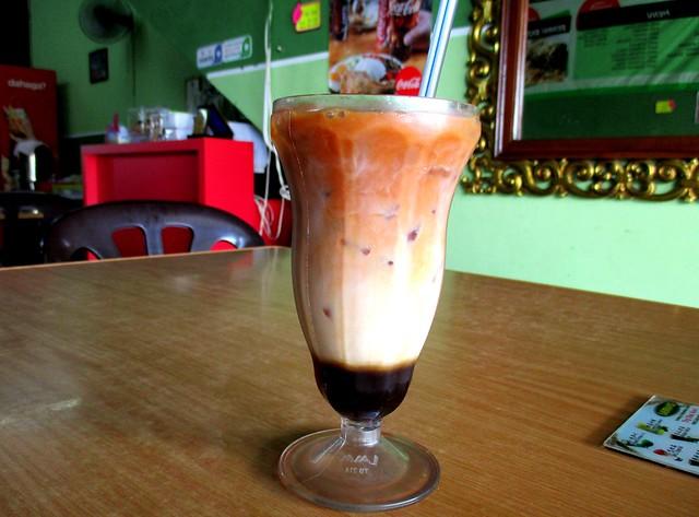 Sara Cafe teh-c special