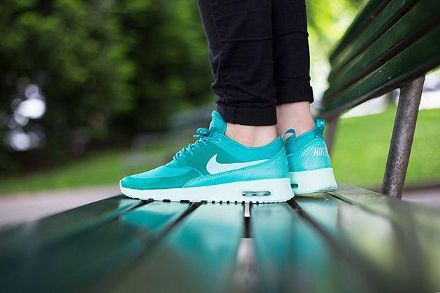 Women's Nike Air Max Thea Light RetroArtisan Shoes