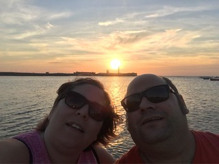 sunset selfie #yyoconestospelos | by Lady Madonna