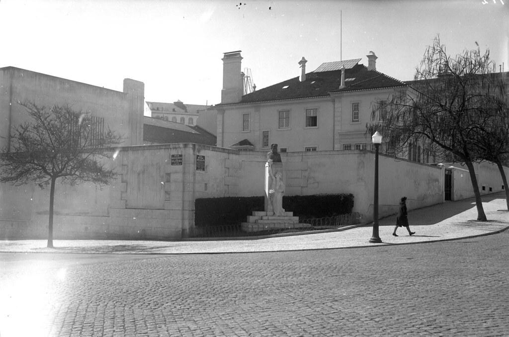 Monumento a Rosa Araújo