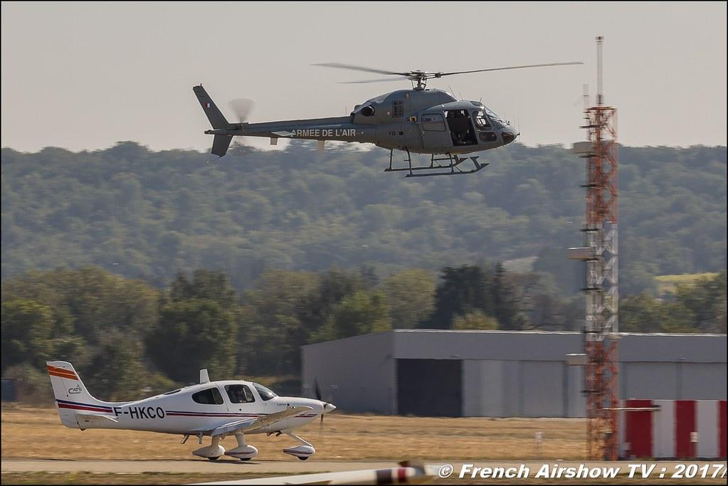 SR-20 Cirrus & Fennec hélicoptère Fennec de l'armée de l'air police du ciel , Les sentinelles du ciel , Avignon Air Show 2017 , Aéroclub Vauclusien , avignonairshow2017 , Meeting Aerien 2017