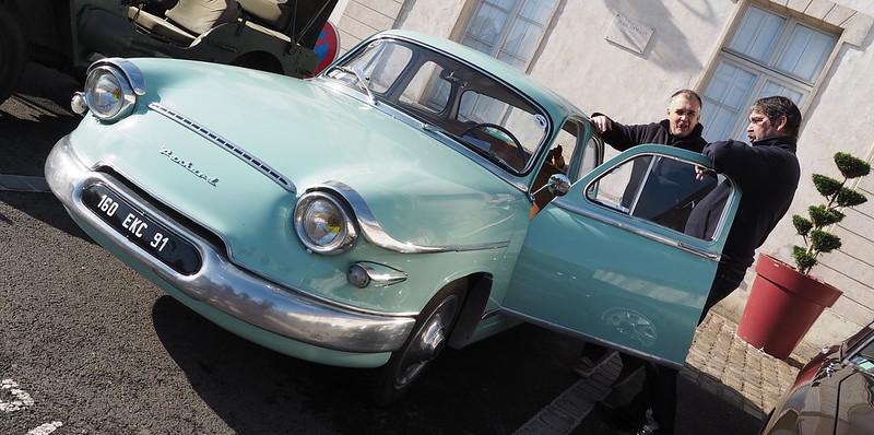 Panhard PL17 type L4 / 1961 - Dourdan (91) Novembre 2017 26409307199_de6b61389a_c