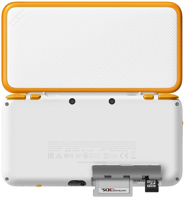 New-Nintendo-2DS-White-Orange-nShop