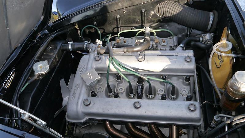 Alfa Romeo Giulietta 1300 Sprint tipo 750/B  37525472316_2942e3387e_c