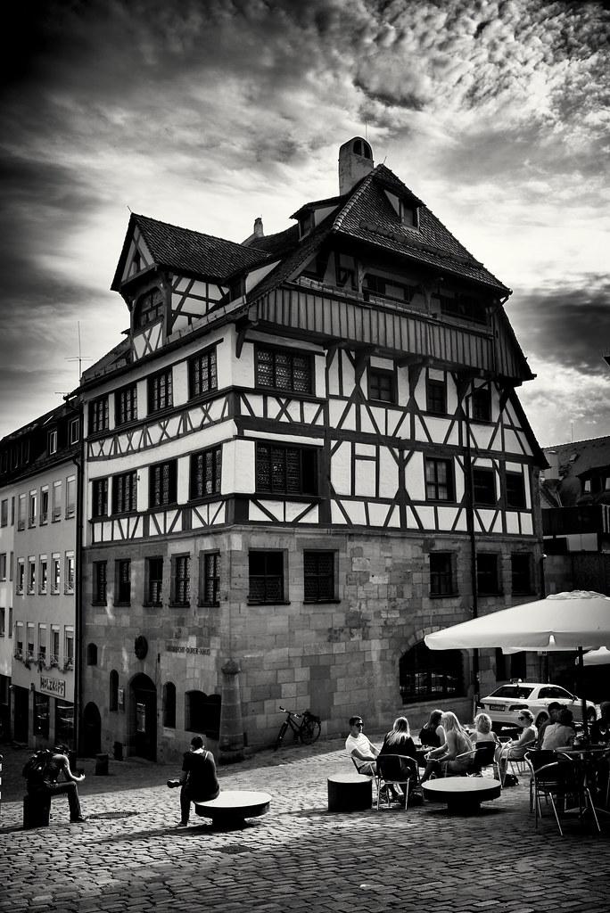 Albrecht Dürer Haus Nürnberg draußen sitzen vor dem dürerhaus   nürnberg - albrecht-dürer…   flickr