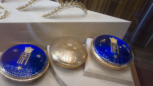 Egyptian Royal and Iranian Imperial round golden boxes at Royal Jewelry Museum | by Kodak Agfa