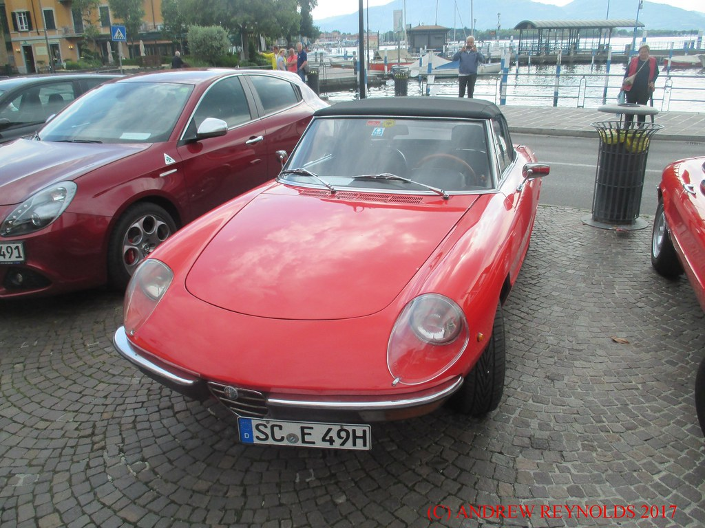 2017051905 Alfa Romeo 1600 Spider 3rd Series 1982 1989 In Flickr Iseo Italy By Andrew
