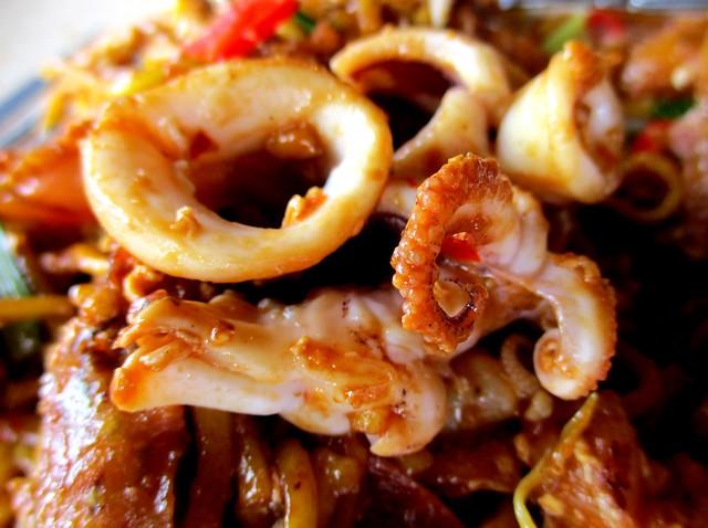 Warong Cafe mee mamak seafood, sotong