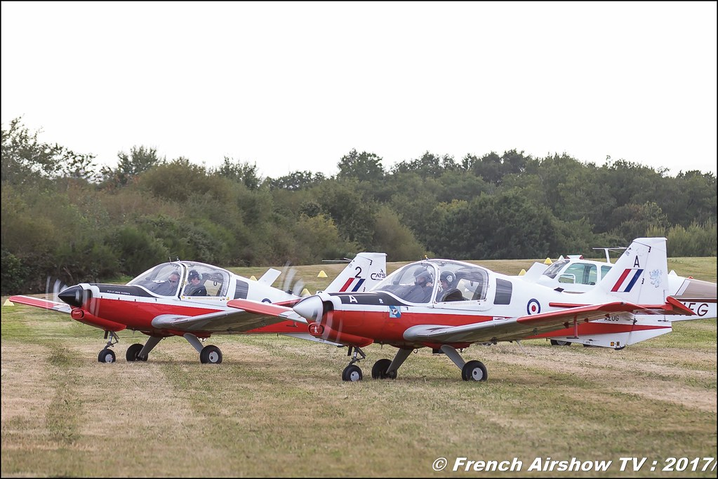 Bulldog Team , TMK1 Bulldog , bulldogteampatrouille , F-AZOG , F-AZKI , Legend Air en Limousin 2017 , aérodrome de Saint Junien 2017 , Meeting Aerien 2017