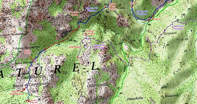 """Carte de l'amont du ruisseau du Finicione et le tracé du """"Chemin de la Montagne aux Plages"""" (Castedducciu) par la rive gauche jusqu'à Bocca di Castedducciu et la piste, ainsi que sa variante par la rive droite"""