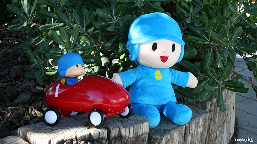 Pocoyo abracitos y Pocoyo coche de carreras