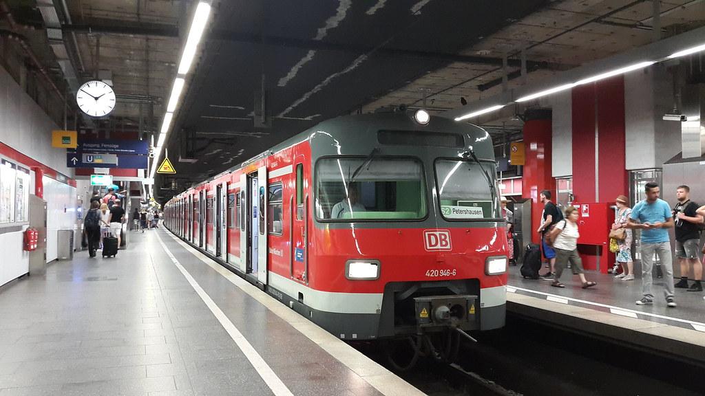 S 6 München