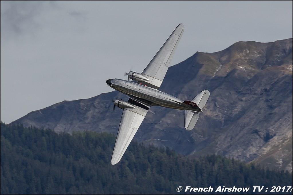 Beech-18 and Douglas DC-3 Breitling classic formation , Breitling Sion Air Show 2017 , sion airshow , montagne , Alpes suisse , Canton du Valais , Meeting Aerien 2017