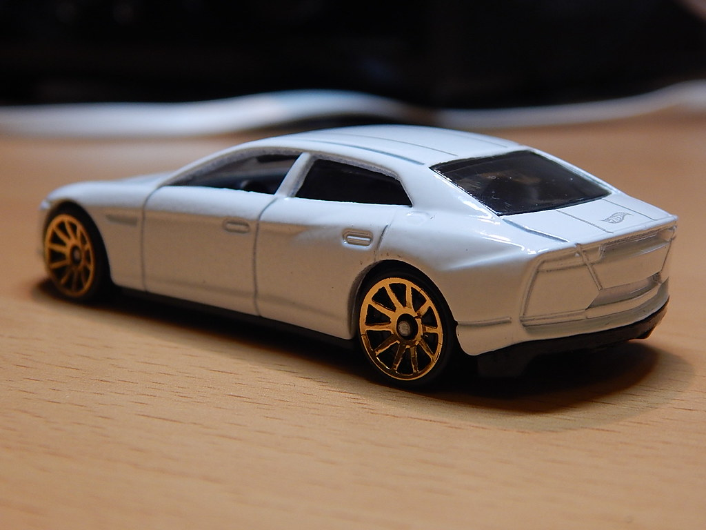 Diecast Collection Thread Pt 2 Page 34 Hot Wheels Lamborghini Estoque