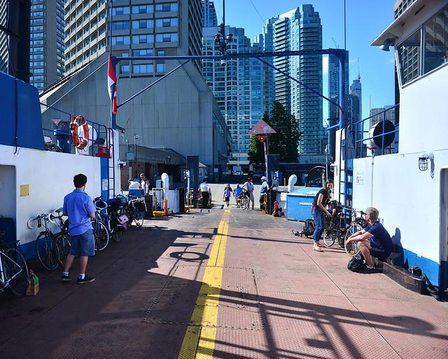 Ferry que comunica Toronto con Ward's Island