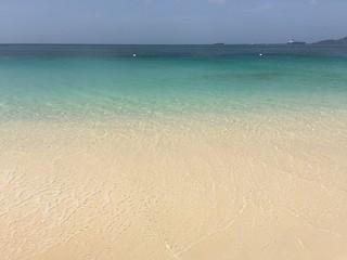 Agua de una playa de San Vicente y las Granadinas