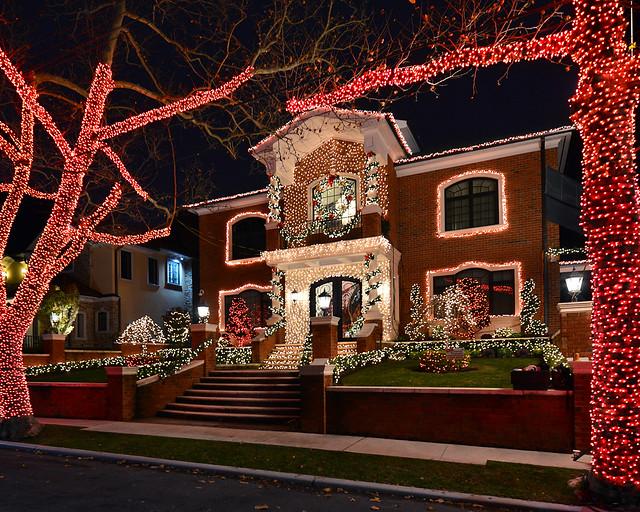 Una de las casas donde estaban rodando un anuncio de Navidad
