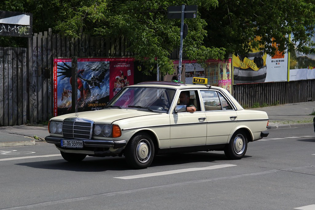 Mercedes W123 240d Taxi Not Really What I Expected To See Flickr