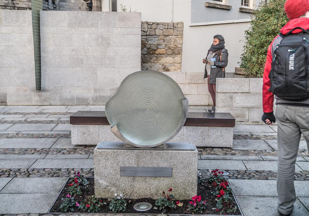 Garda Síochána Memorial Garden 001