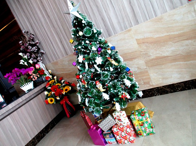 Grand Wonderful Hotel Christmas tree